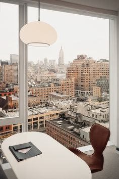 Creative and Unique New York Living Rooms Living Room Lighting; Modern Home Decor; City Living, Home Living, Living Rooms, Home Office Design, House Design, Office Decor, Auto Girls, Office With A View, Apartment View