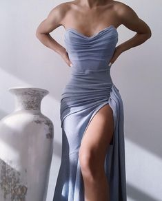 Pretty Prom Dresses, Glam Dresses, Stunning Dresses, Elegant Dresses, Cute Dresses, Fashion Dresses, Formal Evening Dresses, Fashion Clothes, Bridal Dresses