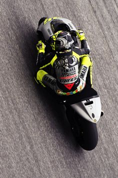 valentino rossi on his yamaha yzr-m1