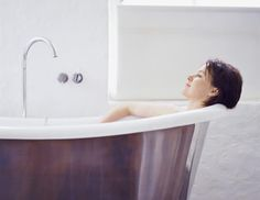 Turn Your Bathroom Into a Rejuvenating Spa with These Feng Shui Tips