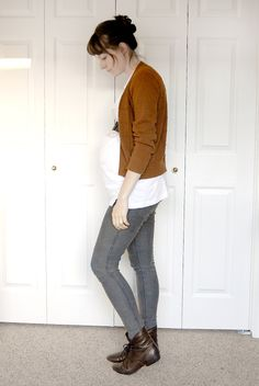 Non-maternity pregnant hipster outfit