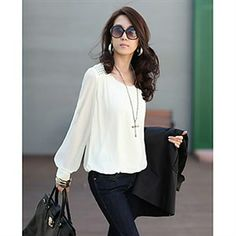 Blusa blanca de manga larga un poco holgada!