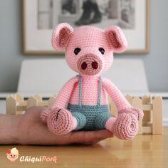 Crochet Pig, Crochet Patterns Amigurumi, Crochet Hook Sizes, Crochet Hooks, Piglet, Crochet Basics, Lana, Tapestry, Etsy