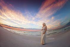 Beach Maternity by Kansas Pitts Photography