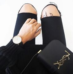 fashion, style, and black image Daniel Wellington Classic Sheffield, Rolled Up Jeans, Torn Jeans, White Chic, Tumblr Outfits, Casual Street Style, Dress To Impress, Leather Shoulder Bag, What To Wear