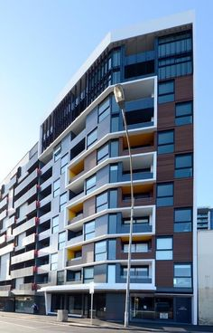 Artisan Architects Pty Ltd - Project - Melbourne - Residential Building Design, Building Exterior, Building Facade, Small Buildings, Modern Buildings, Facade Architecture, Residential Architecture, Appartement Design, Condo Design