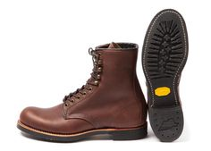 Leather Solid Boots for Men Red Wing Boots, Lace Up Boots, Red Wing Shoe Stores, Fashion Boots, Mens Fashion, Mens Gear, Shoe Company, Cool Boots, Outdoor Outfit