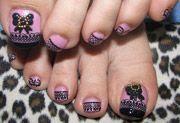 Decorate le unghie dei piedi