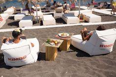 Locura Beach Bar – Perissa Beach – Santorini