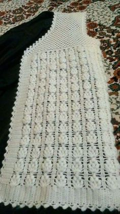 Crochet Top, Knitting, Women, Fashion, Vestidos, Black And White, Wool, Moda, Tricot