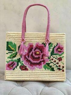 Узоров много не бывает — Разное | OK.RU Plastic Canvas Stitches, Plastic Canvas Crafts, Plastic Canvas Patterns, Plastic Bag Design, Bargello Patterns, Diy Bags Purses, Canvas Purse, Diy Tote Bag, Embroidery Bags