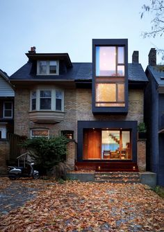 ARCHITECTURE: ~ Renovation of a semi-detached home in Toronto: House in the Beach by Drew Mandel Architects Architecture Design, Classical Architecture, Amazing Architecture, Toronto Architecture, Architecture Today, Minimalist Architecture, Landscape Architecture, Toronto Houses, House Extensions