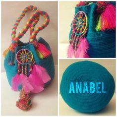Mochila Wayuu hecha a mano por MissAbigailShop en Etsy, $135.00 Tapestry Bag, Tapestry Crochet, Knit Crochet, Crochet Handbags, Crochet Purses, Baby Cocoon Pattern, Japanese Sewing Patterns, Inkle Weaving, Boho Bags