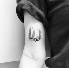 Like this but a cabin Pretty Tattoos, Cute Tattoos, Body Art Tattoos, New Tattoos, Small Tattoos, Sleeve Tattoos, Tatoos, Pine Tattoo, Wood Tattoo