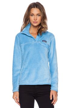 Shop for Patagonia Re-Tool Snap-T Pullover in Dusk Blue & Skipper Blue X-Dye at REVOLVE. Free day shipping and returns, 30 day price match guarantee. Preppy Brands, Patagonia Retool, Athletic Fashion, Athletic Wear, Girls Fleece, Crew Clothing, Cute Swimsuits, Fall Winter Outfits, Winter Clothes
