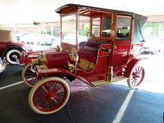 1909 Ford Model T Landaulette