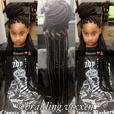 All styles of box braids to sublimate her hair afro On long box braids, everything is allowed! For fans of all kinds of buns, Afro braids in XXL bun bun work as well as the low glamorous bun Zoe Kravitz. Medium Sized Box Braids, Large Box Braids, Short Box Braids, Blonde Box Braids, Jumbo Box Braids, Black Girl Braids, Girls Braids, Box Braids Hairstyles, Try On Hairstyles