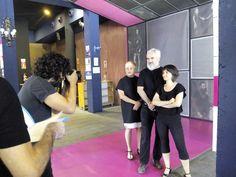 Hoy hemos finalizado nuestra cuarta temporada y hemos querido celebrarlo con una sesión fotográfica de @MARCOS CEBRIAN. En la imagen el equipo de la Escuela de Artes Escénicas del Teatro de las Esquinas