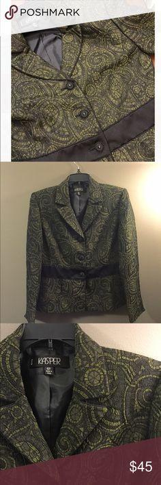 Kasper Green Paisley Blazer 6 Petite GORGEOUS Excellent condition! Thank you for looking! Kasper Jackets & Coats Blazers