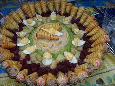 Salade composée et cornets thon/surimi