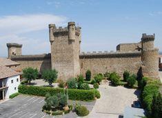 Los 66 castillos más bonitos de Castilla-La Mancha – Tourismaniac Castle In The Sky, Walled City, Old Buildings, Spain Travel, Exotic, Europe, Adventure, Mansions, Architecture