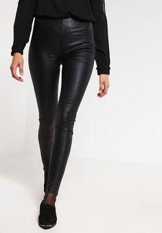 Kleding Selected Femme SFSYLVIA - Leren broek - black Zwart: € 369,95 Bij Zalando (op 22-1-17). Gratis bezorging & retournering, snelle levering en veilig betalen!