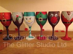 Items similar to Christmas Glitter Wine Glass on Etsy - Christmas Glitter Wine Glass by on Etsy, - ? Christmas Wine Glasses, Glitter Wine Glasses, Diy Wine Glasses, Decorated Wine Glasses, Painted Wine Glasses, Decorated Bottles, Painted Bottles, Wine Glass Crafts, Wine Craft