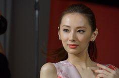 Japanese Beauty, Japanese Girl, Asian Beauty, Keiko Kitagawa, Yukata, Hot Girls, Hair Beauty, Pearl Earrings, Portrait