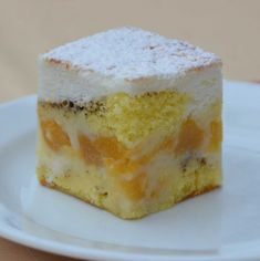 """Řezy zvané """"Skvrny na slunci"""": Připravíte je v jediném pekáči! – Hobbymanie.tv Czech Recipes, Vanilla Cake, Nutella, Deserts, Food And Drink, Pudding, Sweets, Baking, Sweet Pastries"""