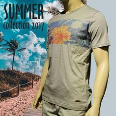 Sıcak havalara karşı birebir pamuklu Manche tişörtlerle mevsim şıklığınıza ayak uydursun! 👉 http://www.manche.com.tr/koleksiyon/yaz-koleksiyonu/tropik-baskılı-basic-tişört-gri