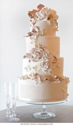 The Pastry Studio Wedding Cake Inspiration - MODwedding Metallic Wedding Cakes, Ivory Wedding Cake, Lace Wedding, Autumn Wedding, Owl Wedding, Dream Wedding, Wedding Ideas, Christmas Wedding, Wedding Trends