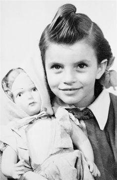 Множество винтажных кукол на старинных фотографиях!