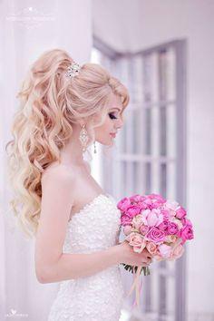 Featured Hairstyle: Websalon Wedding - Anna Komarova; Featured Photo: Liliya Fadeeva Photographer; www.websalon.su