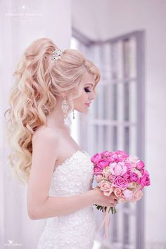 Wedding hairstyle idea; Featured Hairstyle: Websalon Weddings