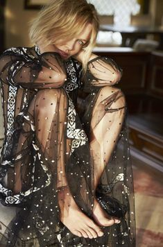 Harper's Bazaar Australia May 2017 Lara Worthington by Sylve Colless