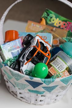 What to Put in your little boy's Easter Basket Boys Easter Basket, Easter Baskets, Craft Stick Crafts, Easy Crafts, Old School Toys, Bubble Wands, Easter Bunny Decorations, Crochet Patterns For Beginners, Easter Crafts For Kids