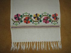 Nice Embroidery Patterns Free, Hand Embroidery, Knitting Patterns, Bargello, Needlework, Elsa, Folk, Projects To Try, Cross Stitch