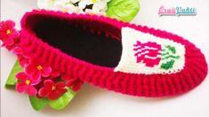 Booties models, Tunisian booties model / felt-based booties / knit booties making - bebek patik Booties Crochet, Crochet Slippers, Baby Booties, Baby Shoes, Crochet Hats, Slipper Boots, Womens Slippers, Knitting Yarn, Tulips