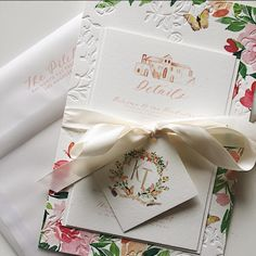 blindpress and watercolor details invitation sutie done by Mon Voir