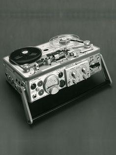 Nagra IV SJ - www.remix-numerisation.fr - Rendez vos souvenirs durables ! - Sauvegarde - Transfert - Copie - Digitalisation - Restauration de bande magnétique Audio - MiniDisc - Cassette Audio et Cassette VHS - VHSC - SVHSC - Video8 - Hi8 - Digital8 - MiniDv - Laserdisc - Bobine fil d'acier - Micro-cassette - Digitalisation audio - Elcaset
