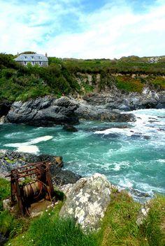 wanderthewood:  Smugglers' winch -Prussia Cove, Rosudgeon, Cornwallbykernowseb