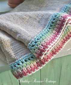 Shabby-Roses-Cottage, knit blanket with crochet edging, inspiration