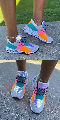 Cute Nike Shoes, Cute Sneakers, Nike Air Shoes, Casual Sneakers, Sneakers Fashion Outfits, Fashion Shoes, Aesthetic Shoes, Fresh Shoes, Hype Shoes