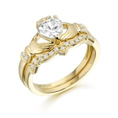 Visit Claddagh Wedding Rings for wide ranging Claddagh jewelry such as Irish wedding rings & Celtic engagement rings - Great quality Irish jewelry at affordable prices.