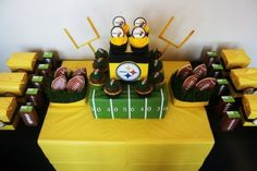 Kate P's Super Bowl Party / - Go Steelers! at Catch My Party Football Birthday, Boy Birthday, Birthday Parties, Birthday Cakes, Football Snacks, Football Parties, Gator Football, Football Banquet, Football Decor