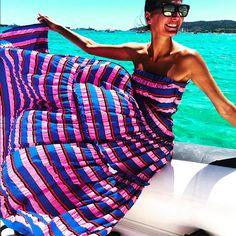 Giovanna Battaglia, Nice Dresses, Summer Dresses, Vogue Japan, New York, How To Pose, Look Chic, Fashion Editor, Fashion Outfits