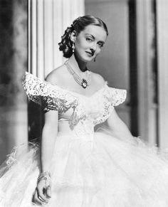 """Bette Davis in """"Jezebel"""" (1938). Director: William Wyler."""