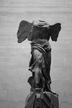 The Winged Victory of Samothrace ( Louvre Museum - Paris)