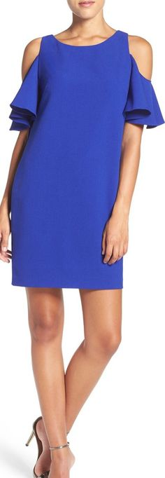 'Peek-A-Boo' Cold Shoulder Shift Dress