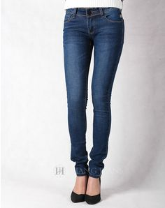 Hằng Jeans - quần jeans nữ xanh mài tôn dáng 181-1. Giá: 399.000đ